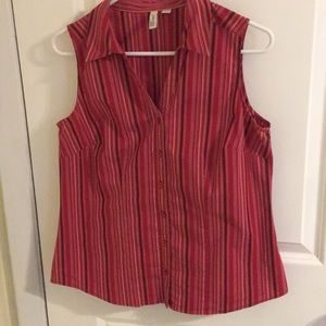 St John's Bay Sleeveless button down shirt Size M